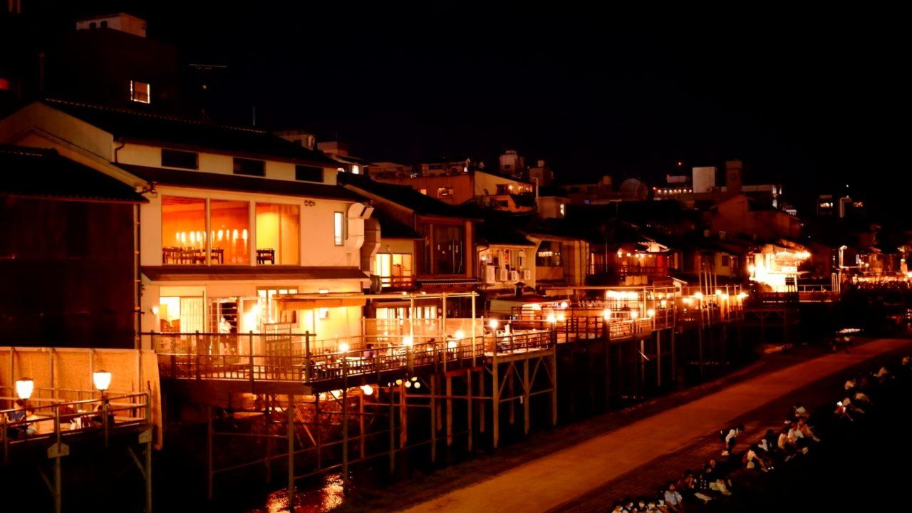 夜の京都の写真