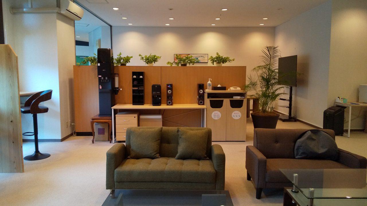 「ホテル&リゾーツ南淡路」のコワーキングスペースでワーケーション